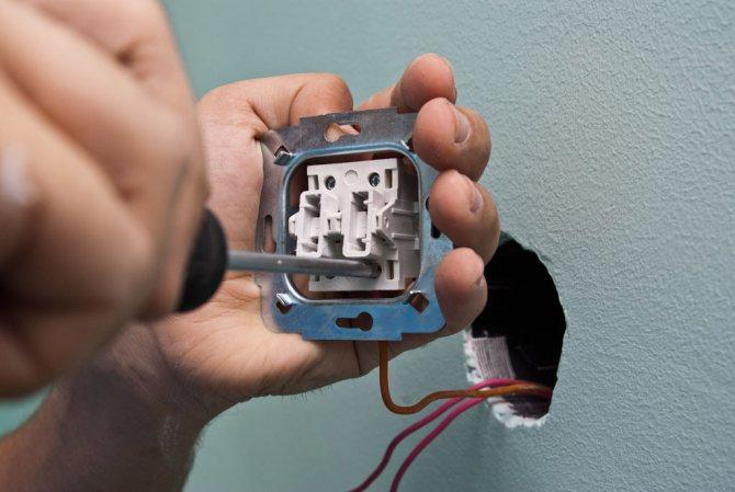 Как заменить выключатель в квартире самостоятельно - замена выключателей