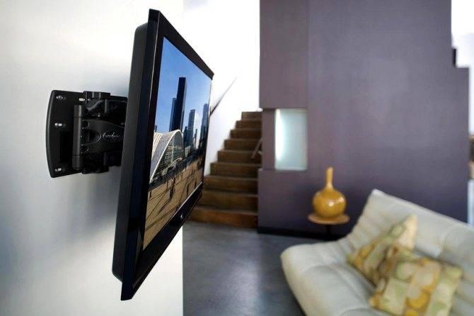 Как повесить телевизор на стену — краткое руководство