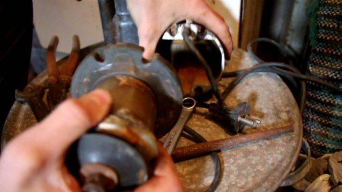 """Как выполнить ремонт насоса """"ручеек"""" своими руками: устранение популярных поломок"""