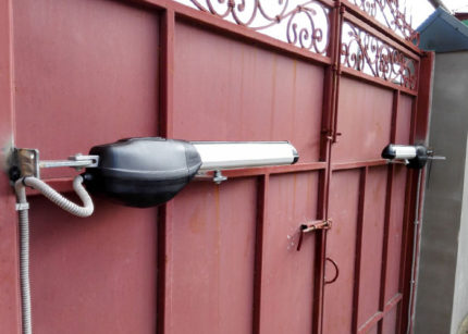 Электропривод для распашных ворот своими руками