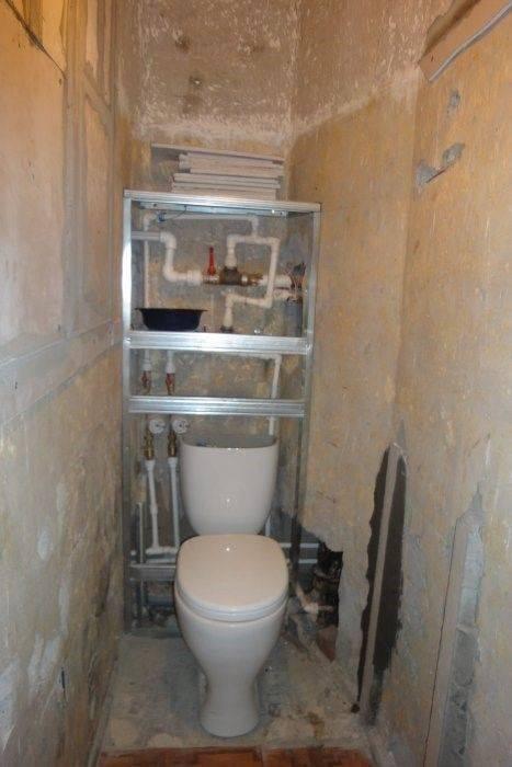 Как закрыть трубы в туалете пластиковыми панелями: как сделать каркас, как заделать трубы пластиком, обшивка, как скрыть, закрытие труб, как обойти панелью пвх