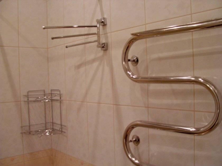 Размеры полотенцесушителя для ванной: габаритные и присоединительные, как правильно выбрать.