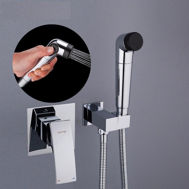 Выбираем гигиенический душ с термостатом