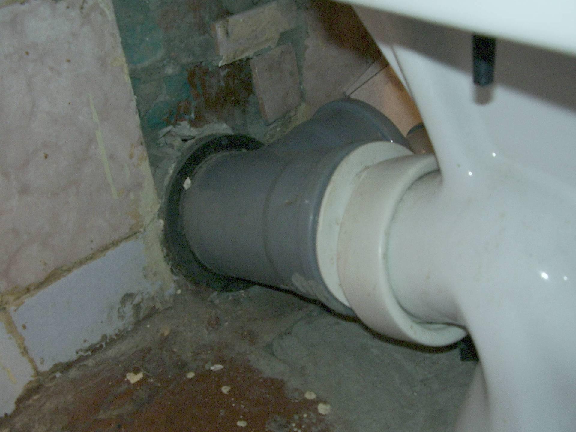 Подключение унитаза к канализации — способы монтажа