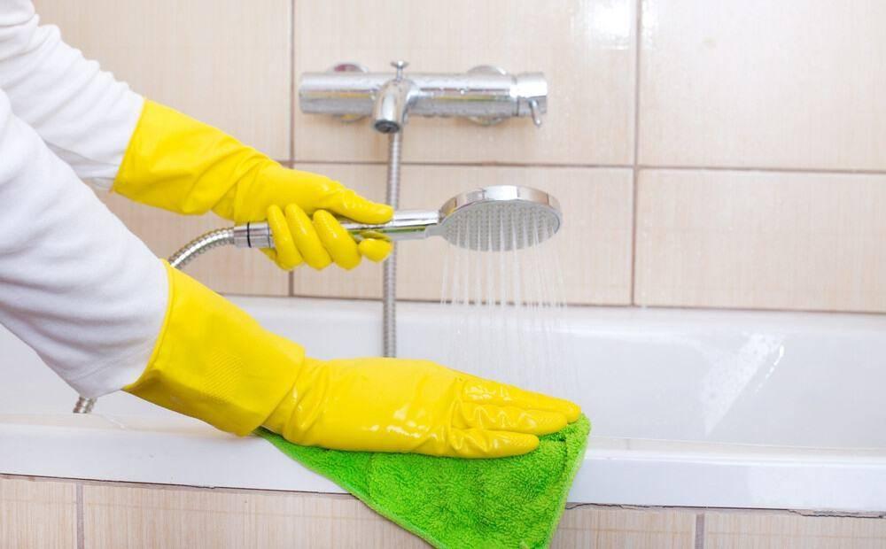 Как отмыть ванну из различных материалов: обзор средств