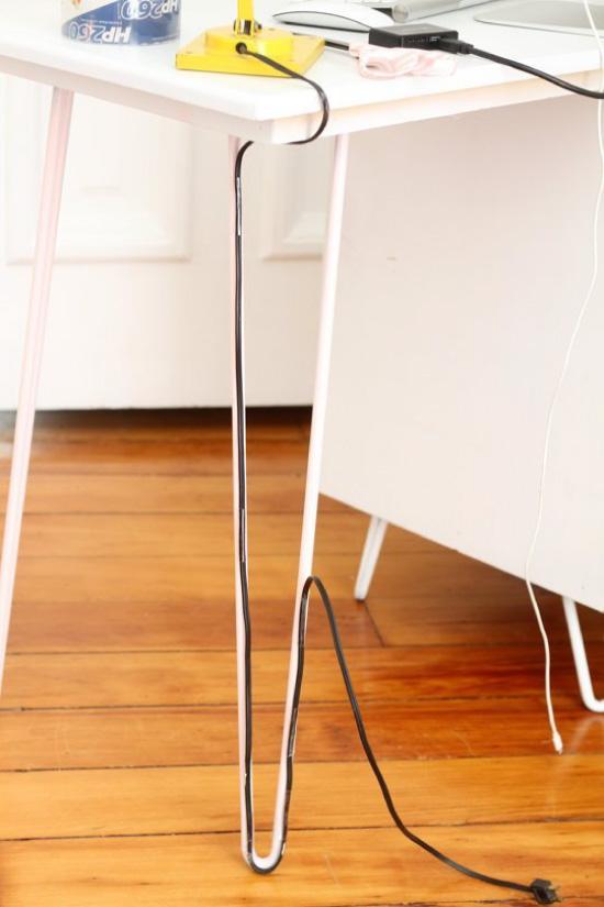 Как спрятать провода от компьютера и телевизора?