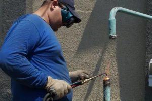Могут ли отключить газ за неуплату в отопительный сезон 2020 год