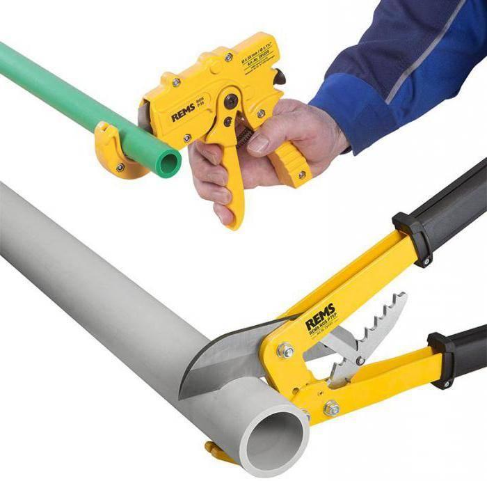 Как выбрать и использовать труборез для пластиковых труб