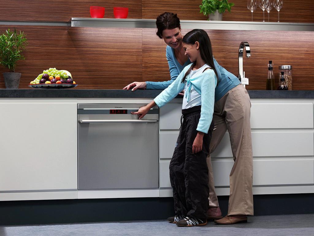 Рейтинг лучших встраиваемых посудомоечных машин 45 см