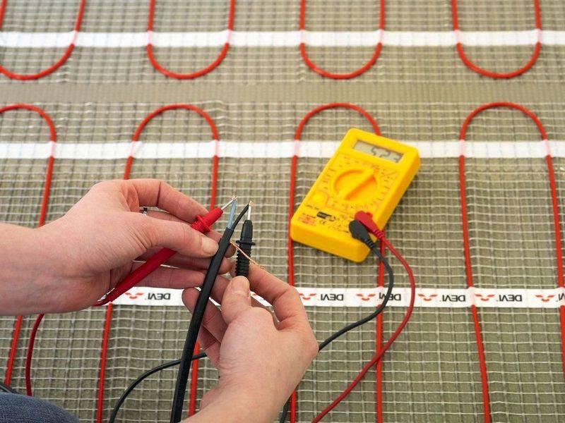 Когда можно включать теплый пол после укладки плитки и заливки стяжки