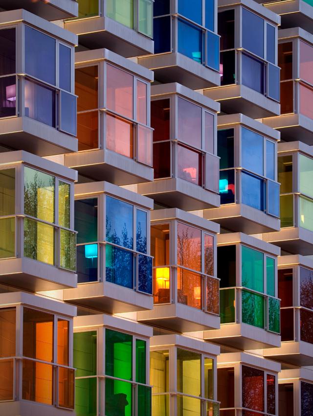 Тонировка балконов и лоджий: окон и их дизайн, панорамное остекление и зеркальная пленка