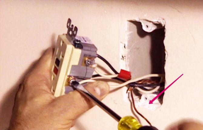 Не работает розетка – основные причины и методы их решения. пошаговая инструкция по ремонту розетки с фото и видео