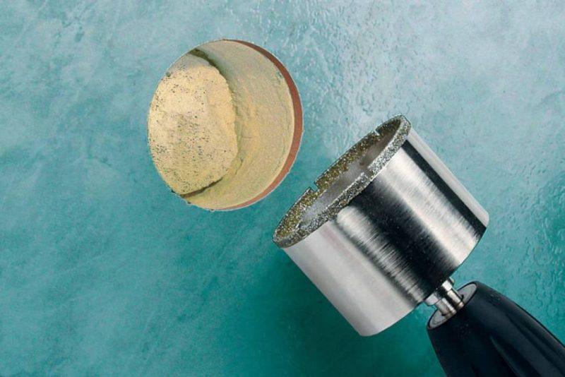 Как просверлить кафельную плитку в домашних условиях: 5 лучших способов