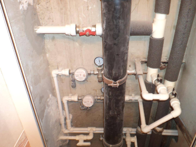 Полезна ли на самом деле замена стояков водоснабжения в квартире