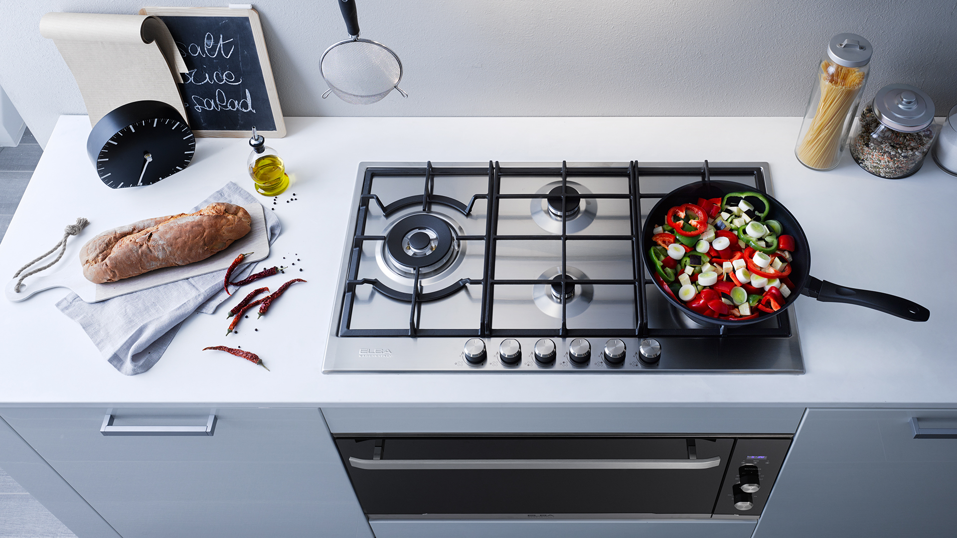 Какая фирма газовых плит лучше: помощь в выборе кухонной плиты