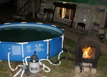 Подогрев воды в бассейне на даче: популярные способы и устройства
