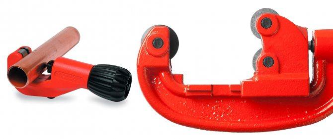 Выбираем лучшую модель трубореза для пластиковых труб — освещаем по порядку