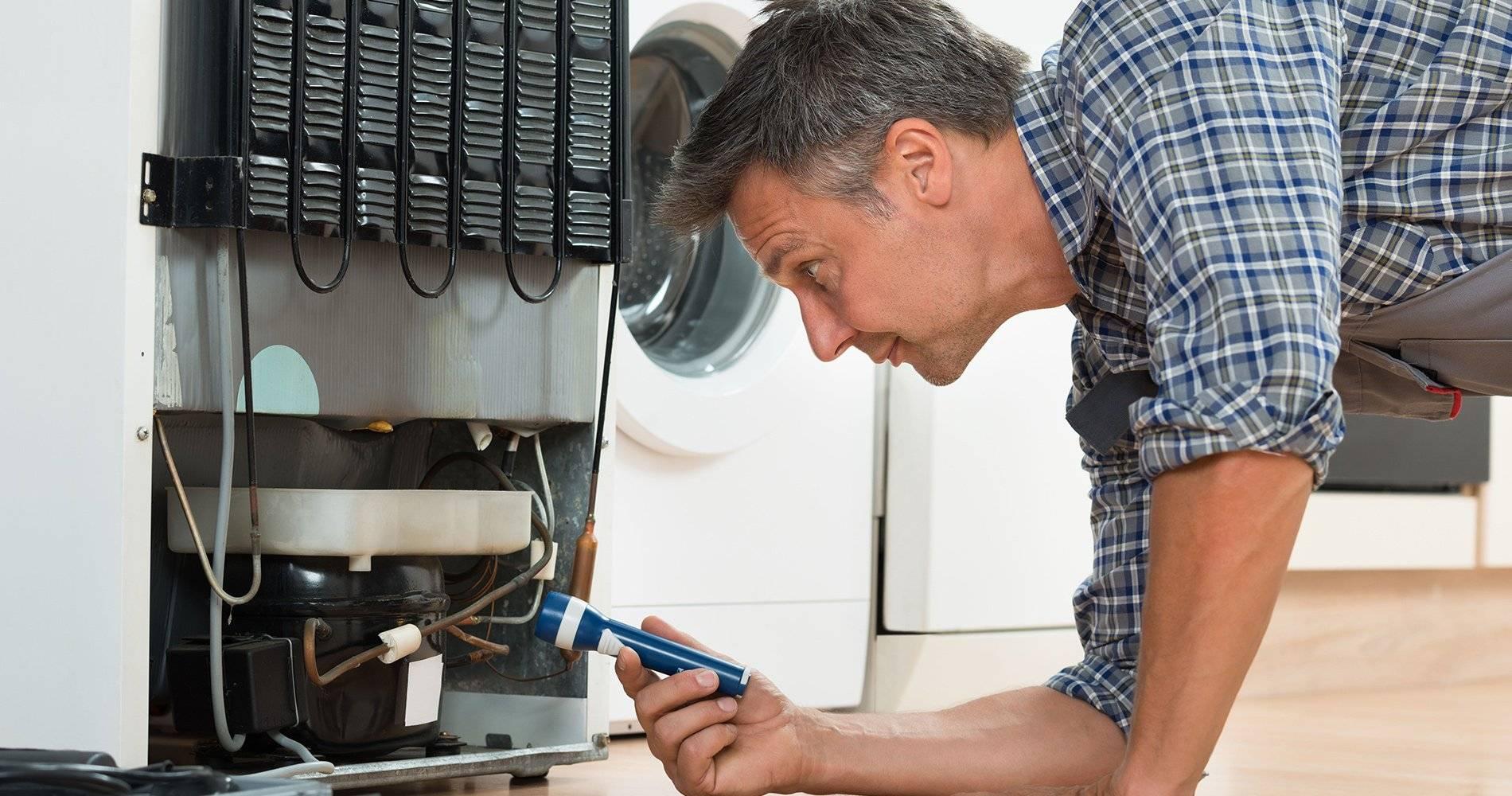 Почему холодильник постоянно работает?