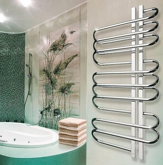 Водяной или электрический полотенцесушитель лучше выбрать для ванной