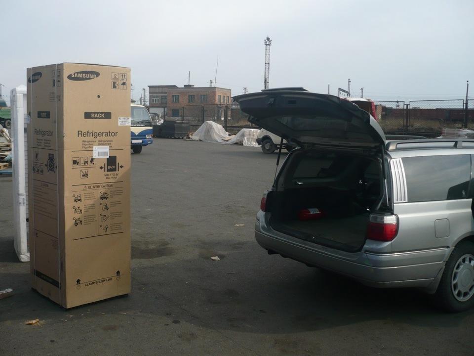 Можно ли перевозить холодильник лёжа на боку в машине: правила безопасности