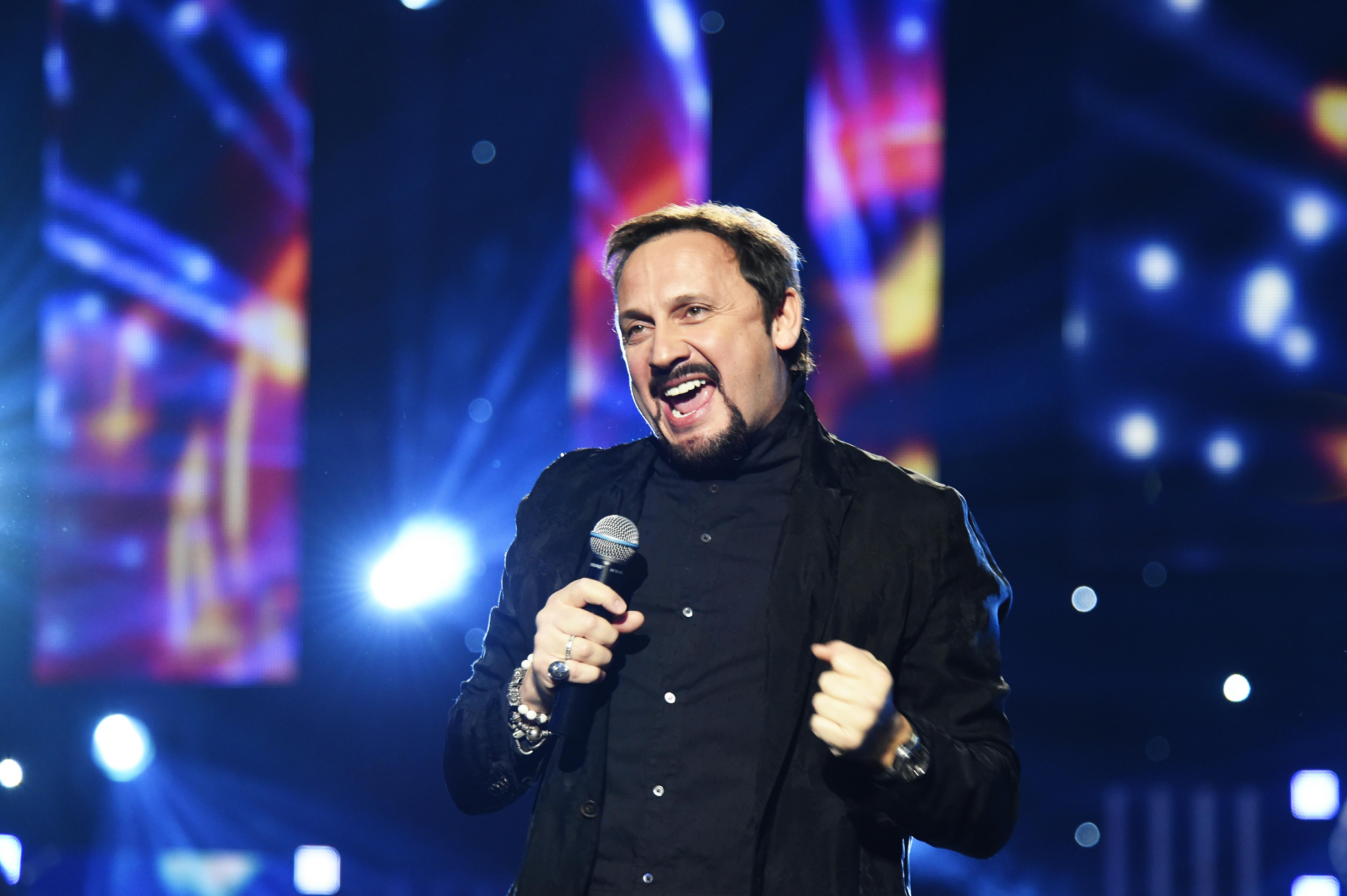 Как российские, украинские и белорусские звезды поют под фонограмму и попадаются на этом