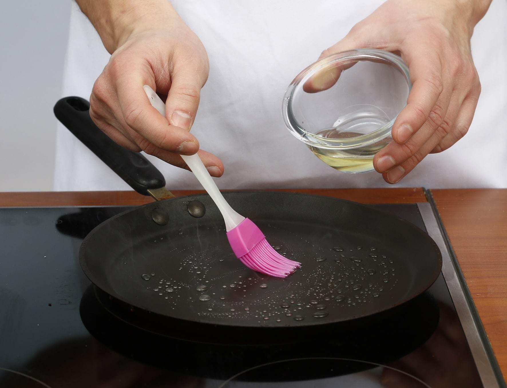 Как очистить сковороду от нагара, жира и ржавчины – 12 лучших способов