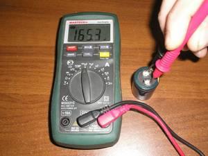Как проверить конденсатор мультиметром: пошаговая инструкция