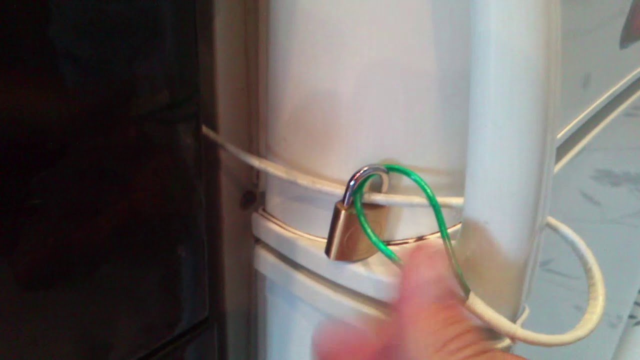 Замок на холодильник: ориентиры выбора + технология установки - точка j