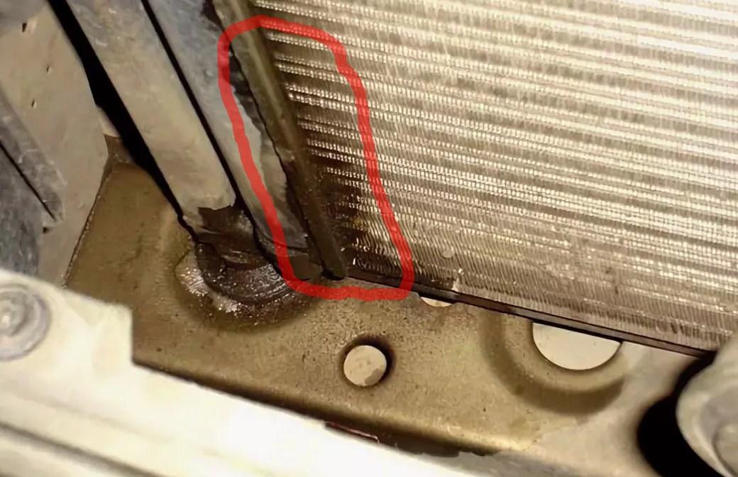 Жидкий герметик сам находит протечки в системе отопления и успешно ликвидирует их изнутри