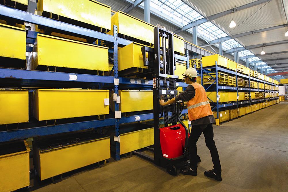 Штабелёры и другое складское оборудование