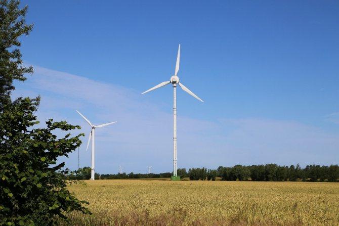 Выбираем и монтируем ветрогенератор для частного дома