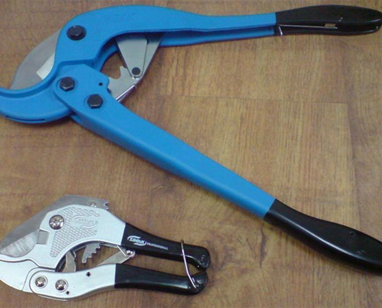Ножницы для нарезания труб из пропилена — виды и технология применения