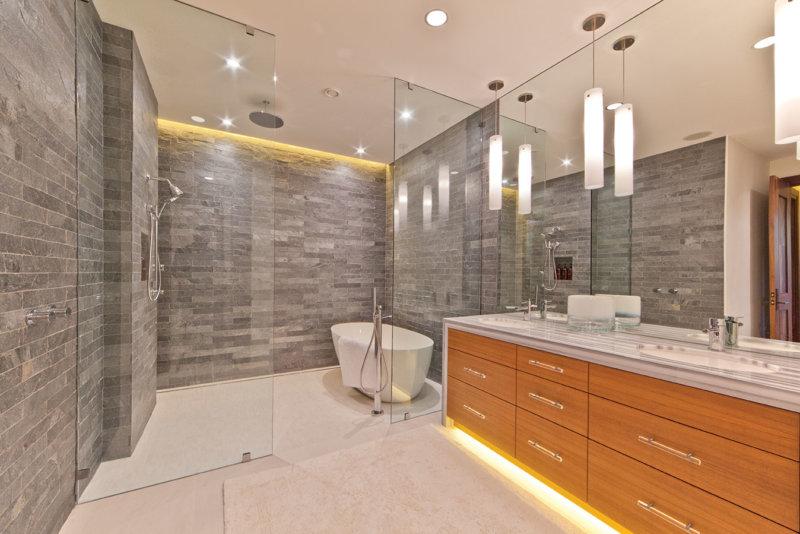 Освещение и светильники для ванной комнаты, требования к установке и безопасности эксплуатации