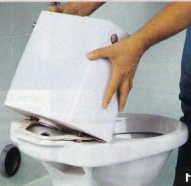 Как склеить унитаз: избавляемся от трещин на сантехнике самостоятельно