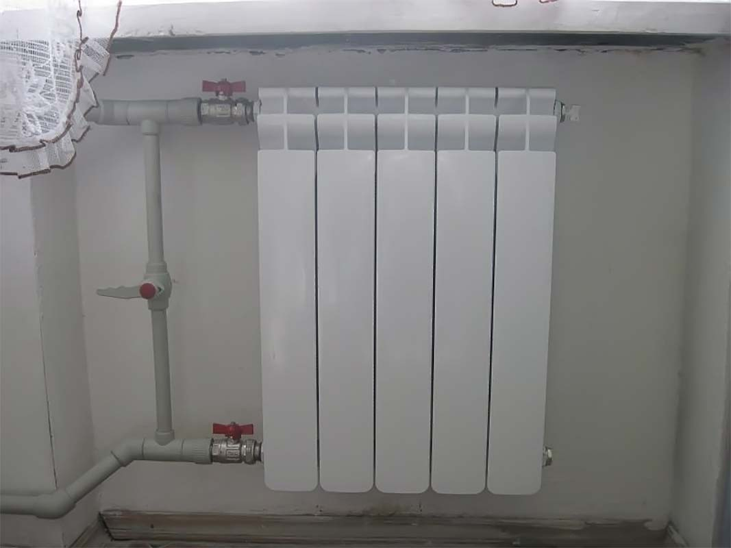 Классификация кранов для батарей отопления + технология их установки