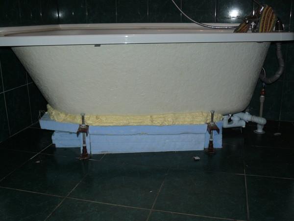 Основные этапы установки ванны своими руками: акриловой, чугунной и стальной вариантов