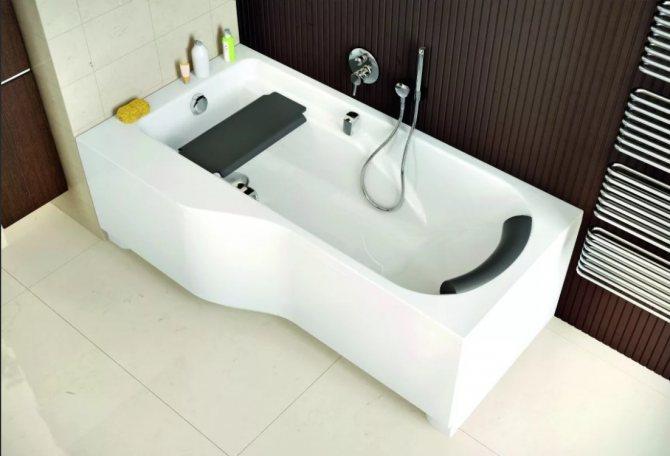 Как выбрать ванну: основные характеристики и производители