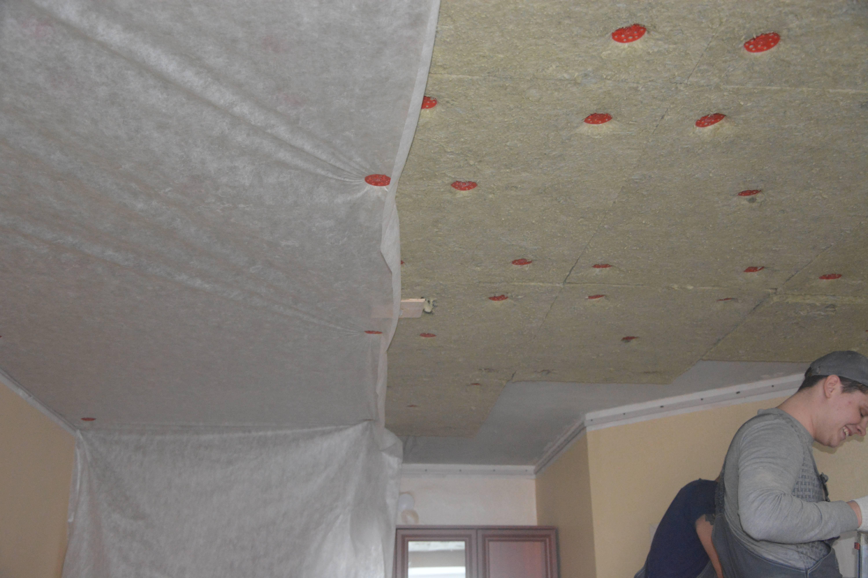 Натяжные потолки с шумоизоляцией, смотрите фото и видео звукоизоляции