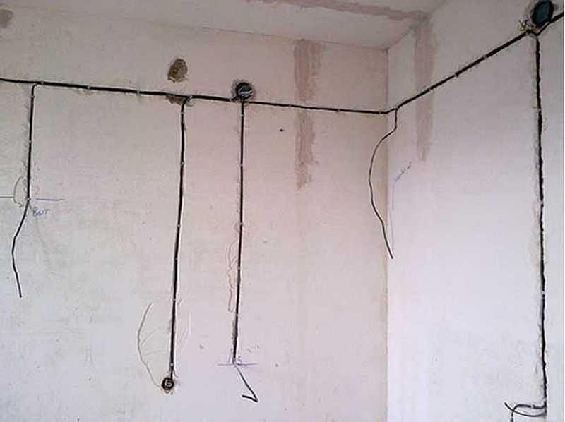 Как перенести выключатель света без штробления стен и особенности процесса