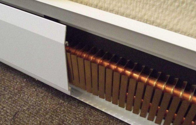 Отопление с помощью теплых плинтусов