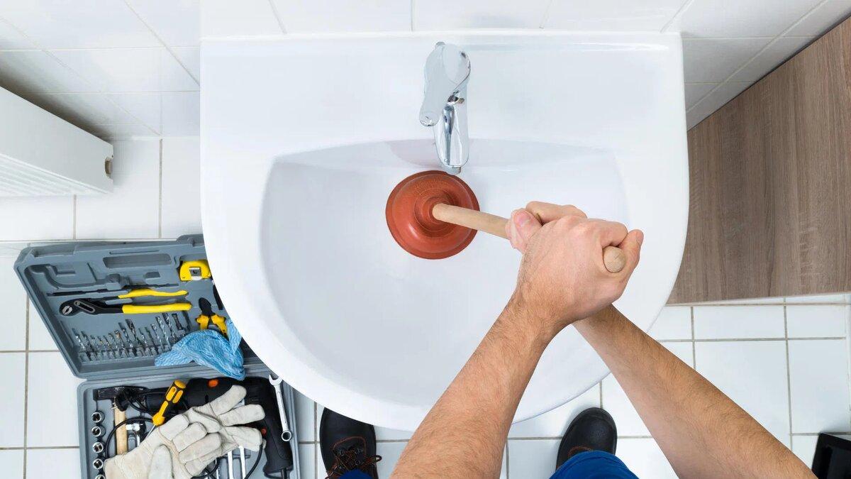 14 лучших методов, как в домашних условиях прочистить засор в трубах