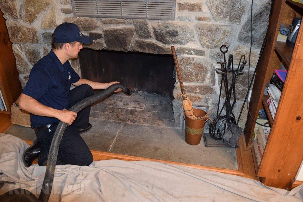 Чистим дымоход в частном доме: самые популярные и необычные средства