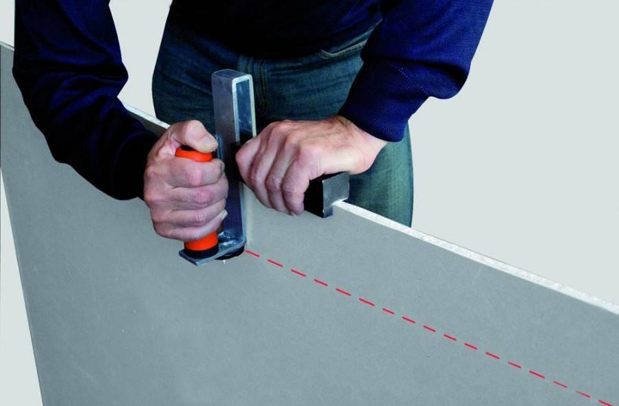 Чем резать профиль для гипсокартона: подходящий инструмент