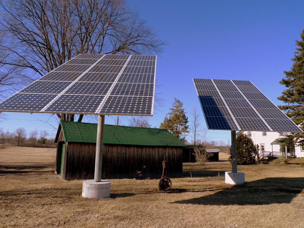Солнечные батареи для отопления дома: особенности обогрева жилья зимой с помощью гелиосистемы