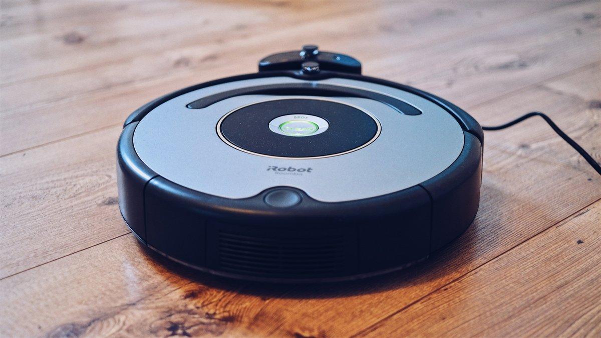 Роботы-пылесосы: рейтинг лучших моделей, их характеристики, плюсы и минусы, советы по выбору