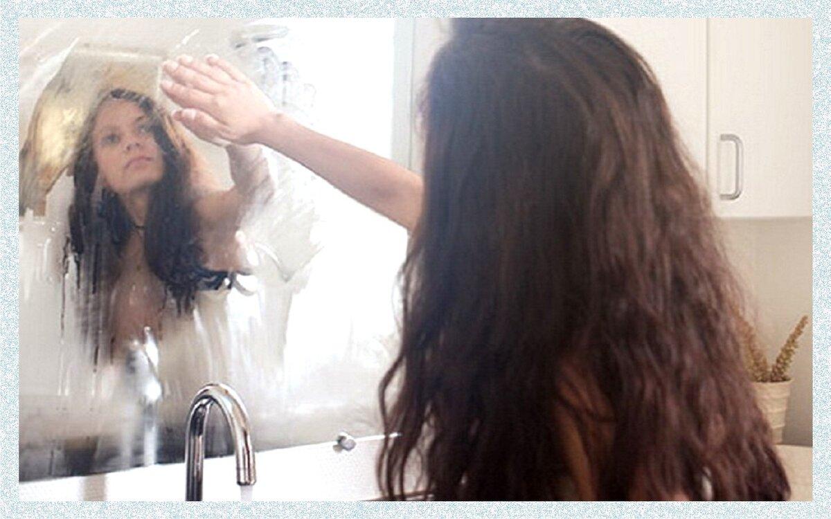 Что делать, если запотевает зеркало в ванной?