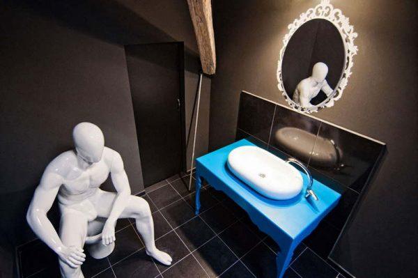 Почему нельзя ходить в туалет если проснулись среди ночи? научное объяснение и мнение эзотериков | бесарте | яндекс дзен