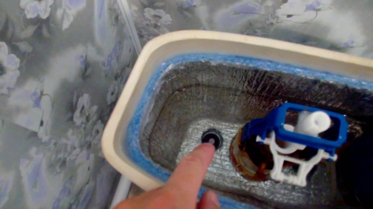Почему появляется конденсат на бачке унитаза и как от него избавиться