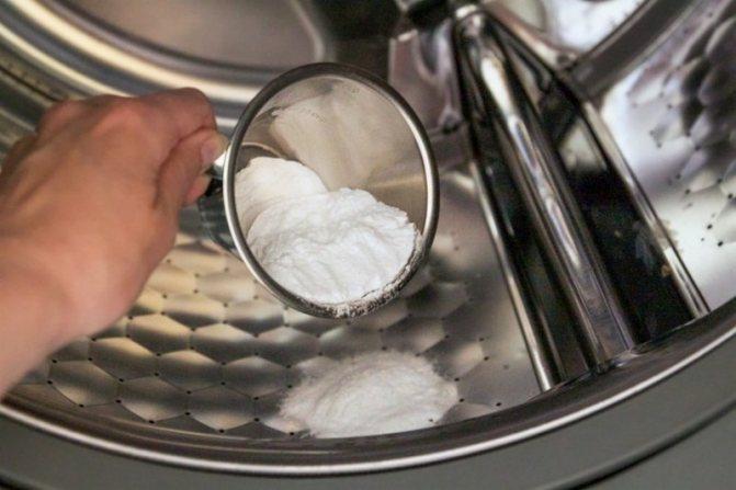 Аспирин при стирке белья в машинке автомат и вручную: как отбелить вещи