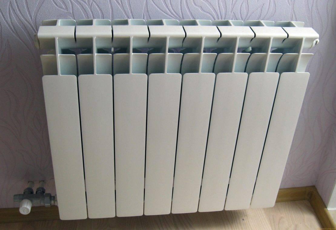 Какие лучше радиаторы отопления для квартиры: батареи выбрать и ставить, виды